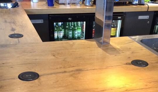 smart wireless charging for bars