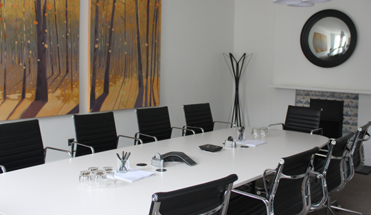 modern meeting rooms with wireless charging solutions