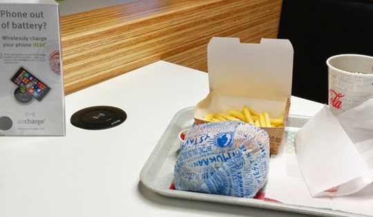 wireless charger in fast food and restaurants