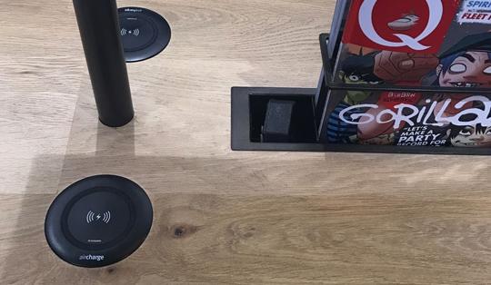 wireless charging in the shopping centre