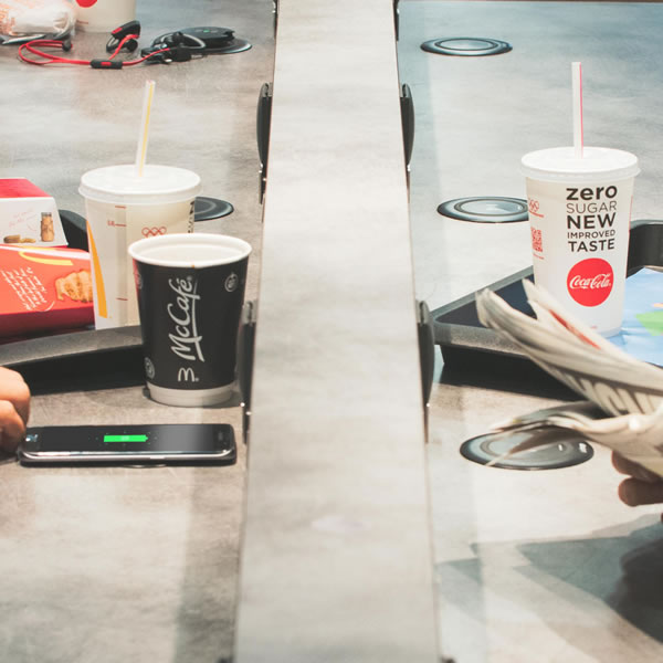 Wireless charging for restaurants